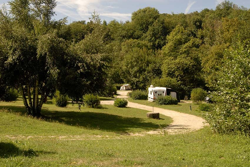 camping-Roybon-15-emplacements