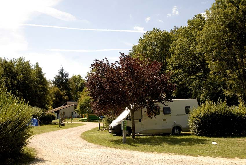 camping-Roybon-20-emplacements